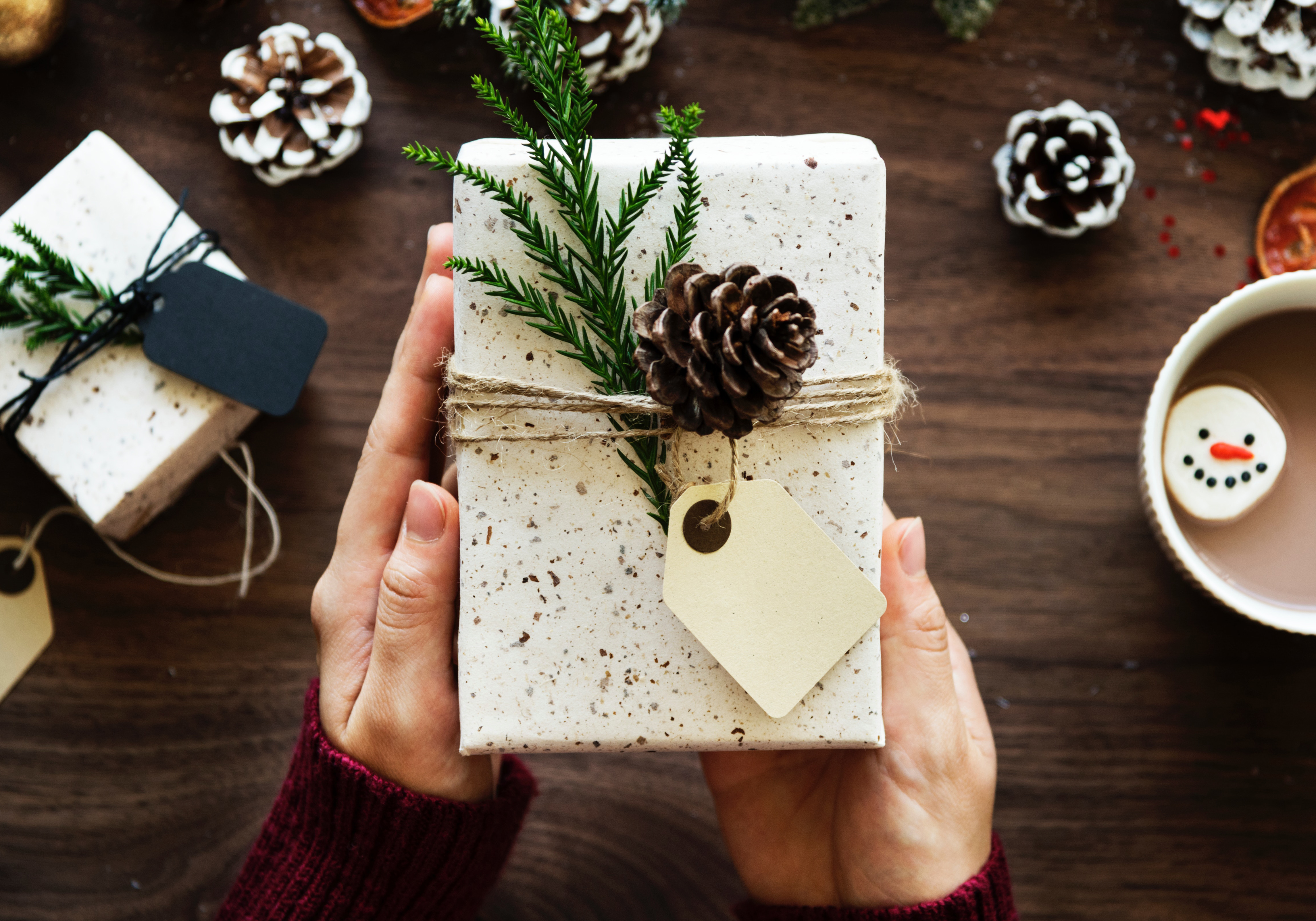 10 Holiday To-Dos and How to Tackle Them with Cheer